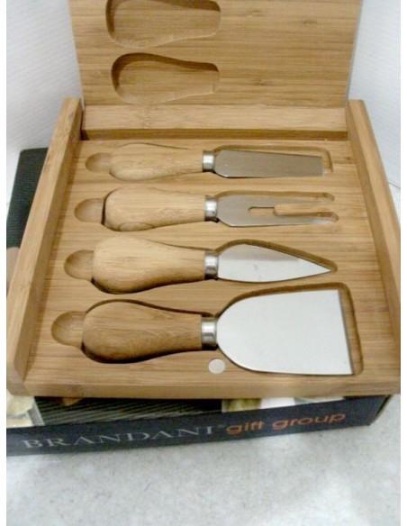 Cofanetto Brandani 4 coltelli-contenuto